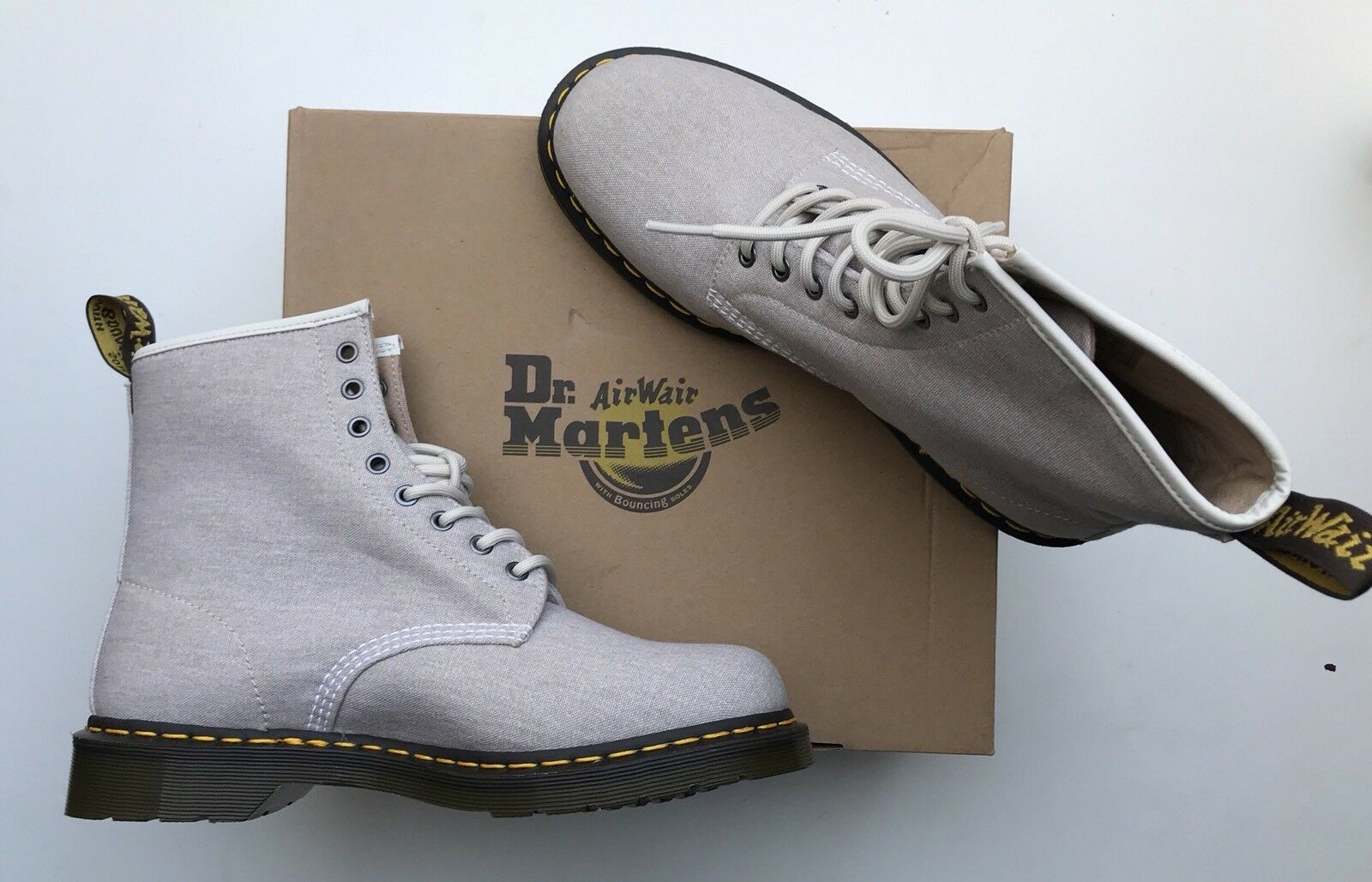 BNIB Dr Martens 1460 Bone Canvas Stiefel 10 Guaranteed Original    | Authentische Garantie