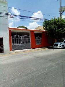 Casa en Venta ideal para comercio en Tabasco 2000