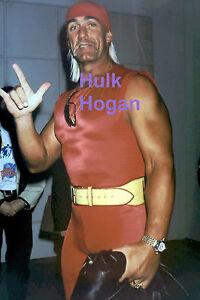 HULK-HOGAN-WRESTLING-WITH-DEAF-ASL-SIGN-OF-034-I-LOVE-YOU-034-RARE-UNSEEN-PRESS-PHOTO