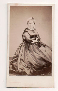 Vintage-CDV-Unknown-French-Lady-Stern-Looking-Jules-De-Lagger-Photo-Toulouse