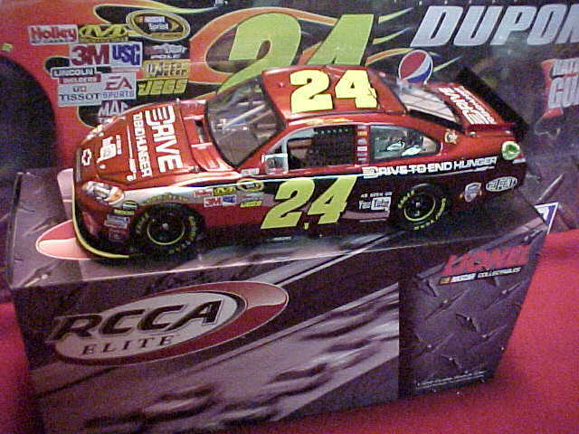 BRAND NEW JEFF GORDON 2011 AARP   DTEH    YOU TUBE  1 24 ELITE CAR  167 OF 250