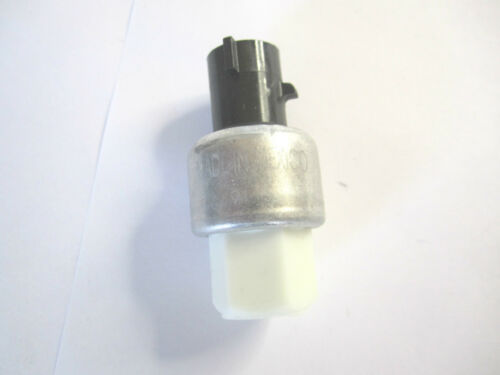 NAPA 207468 New 36664 A//C Clutch Cycle Switch  New Old Stock