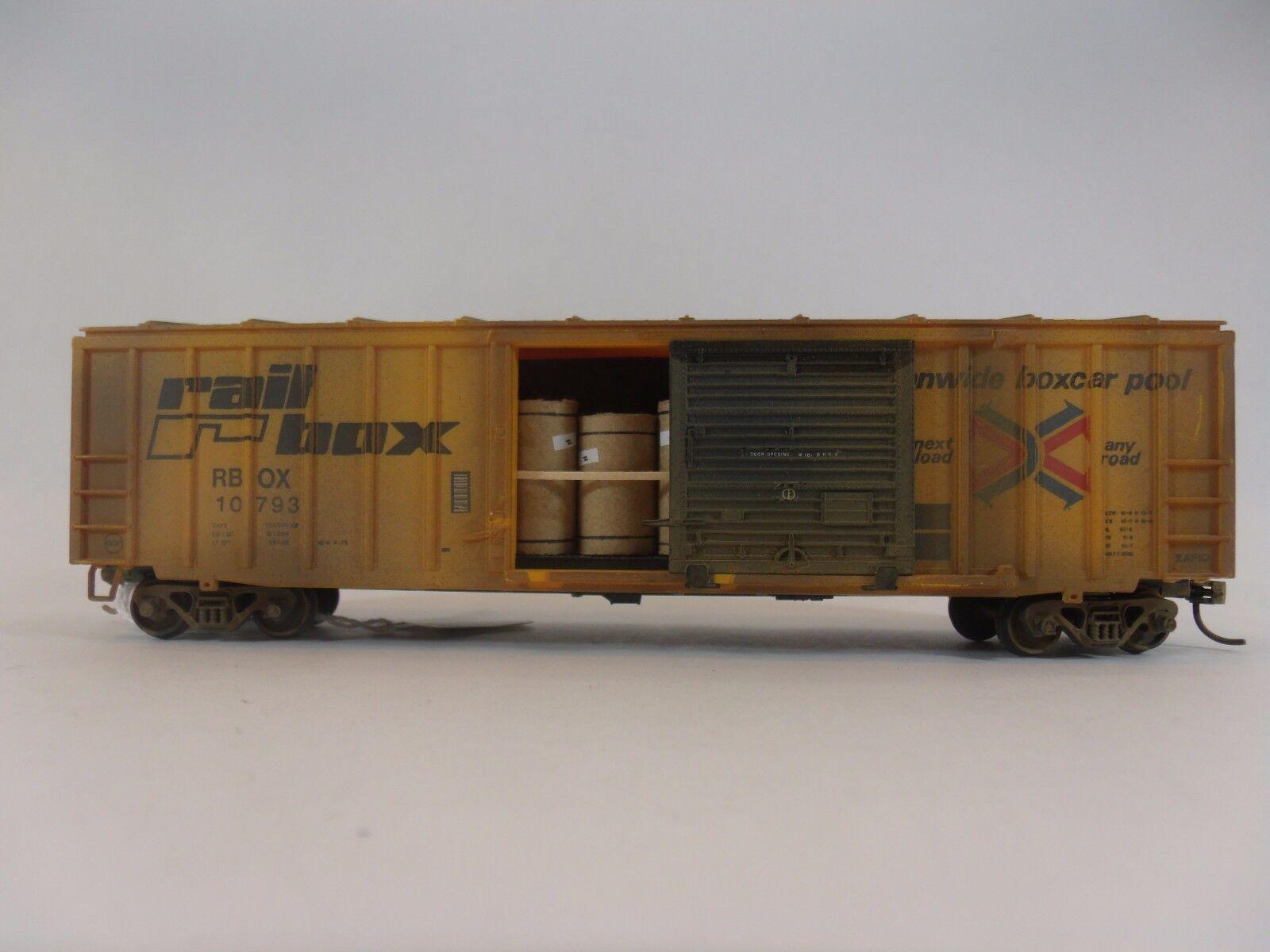 HO Scale Model Railroads  50' box  Special Load