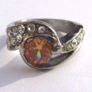 Bague Bijou Vintage Rhodié Couleur Argent Cristaux Diamant Solitaire Orangé T 55