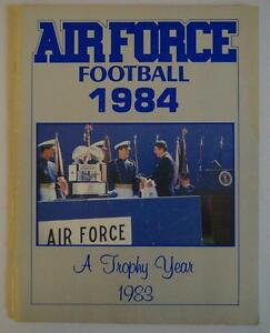 Vintage-Football-Media-Press-Guide-Air-Force-Academy-1984