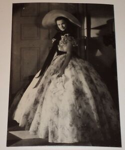 VIVIEN-LEIGH-GONE-WITH-THE-WIND-4-1-8-x-6-034-POSTCARD