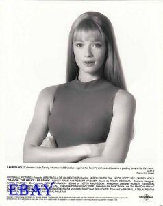Can lauren holly topless images