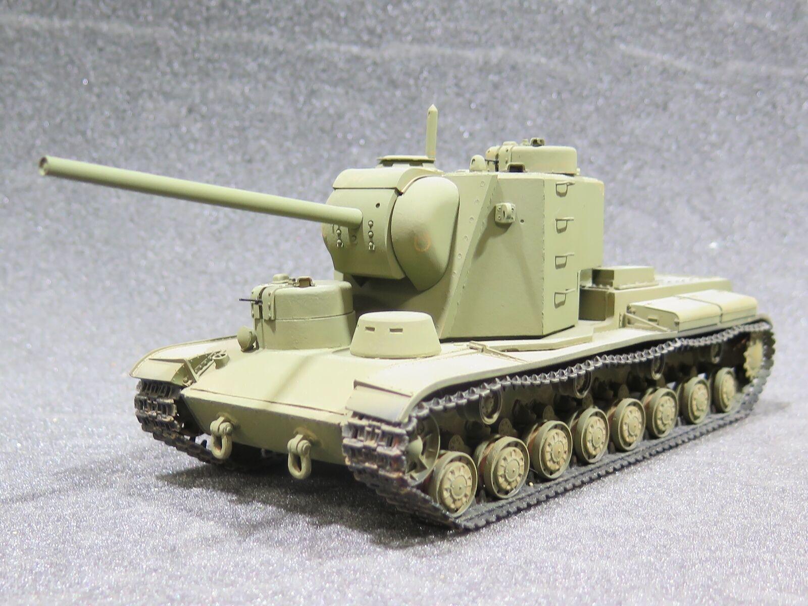 MI0760 - 1  35 PRO BUILT - hkonsts Atelier Oändlig Sovjetisk KV -5 Tung Tank