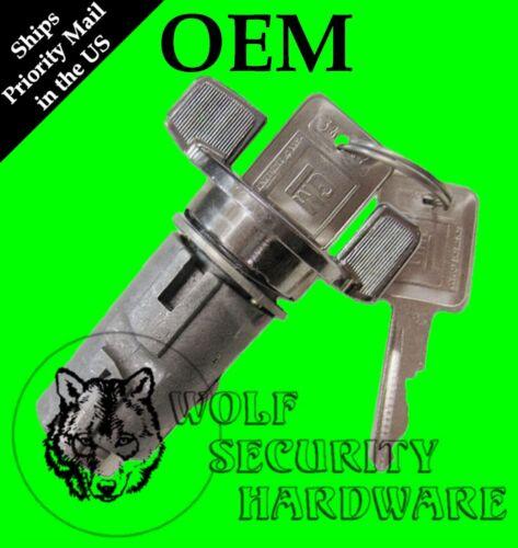 GMC Suburban G-Van 79-94 OEM Ignition Key Switch Lock Cylinder Chrome 2 GM Keys