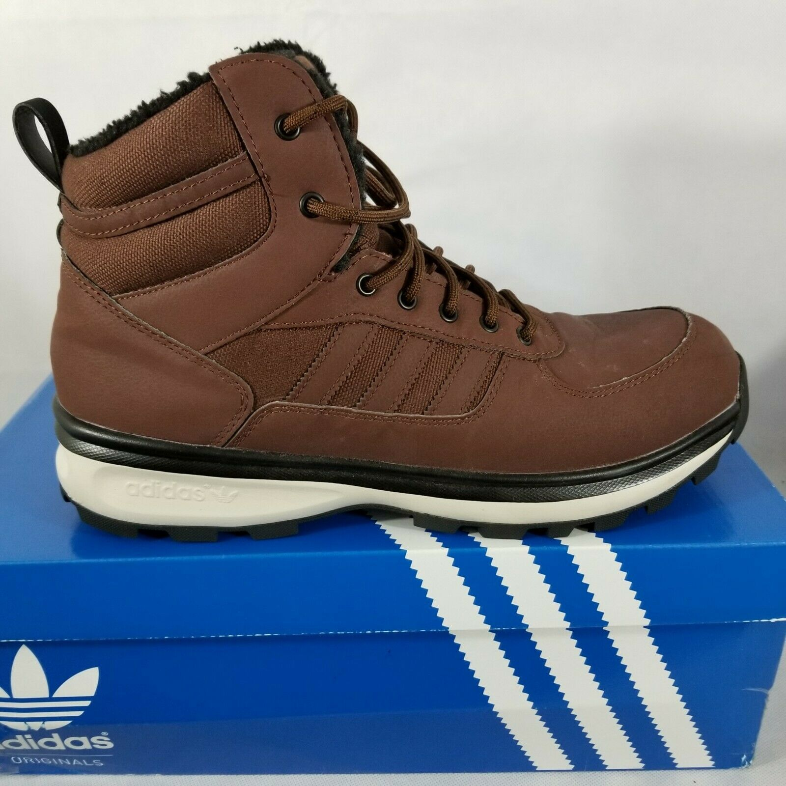 Adidas Men's Chasker Boots Hiking Walking Brown Suede Size 12 M M20694