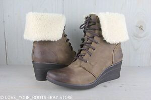 a510fb118da Details about UGG ZEA STOUT LEATHER FUR CUFF WOMENS ANKLE BOOTS US 11 NIB