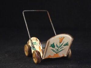Adaptable Ancien Jouet Landau Poussette Miniature Tôle Pour Poupée 50 Style Penny Toy DernièRe Technologie