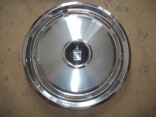 """1975 75 1976 76 77 Buick Regal Hubcap Rim Wheel Cover Hub Cap 15/"""" OEM USED 1061"""