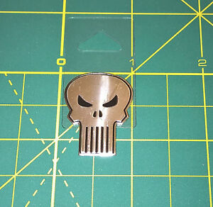 The-Punisher-Sticker-Classic-Skull-Marvel-Comics-Metallic-1-125-034-Licensed-NEW