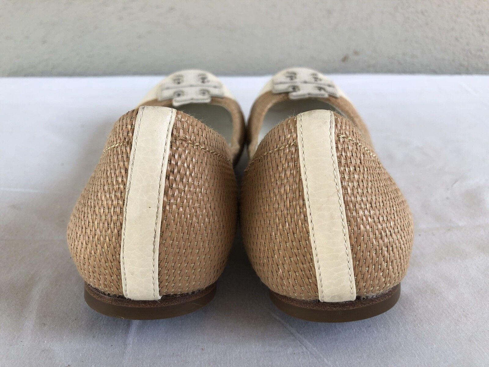 Excelente condición usada nos Tory Burch Ballet Ballet Plano Plano Plano 9M Cuero blancoo Beige Puntera un zapato de logotipo ba6e2c