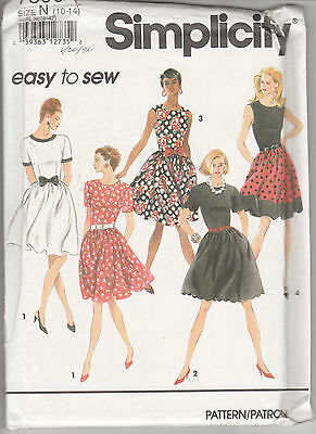 7890 SIMPLICITY Easy - DRESS w Sleeve Vari & Skirt w Scallop Hem - Sz 10-14