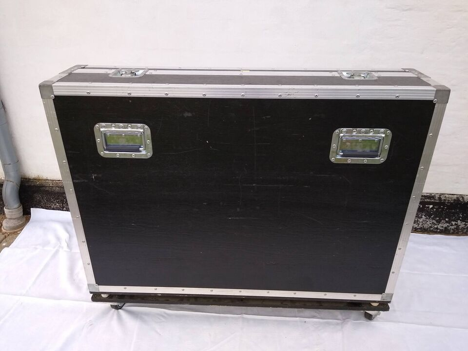 Mixer, Yamaha MG32/14FX