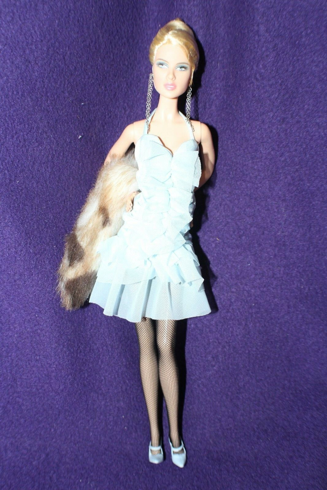 BARBIE DOLL - Aqua bluee Halter Dress Up Mini Ruffles Fur Wrap - LOOSE