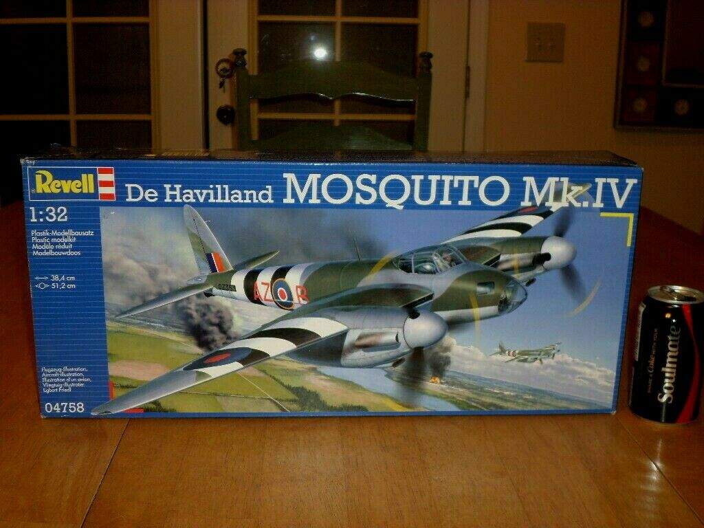 [WW] British, De HAVILLAND MOSQUITO Mk.IV BOMBER, Plastic Model Kit,Scale 1 32