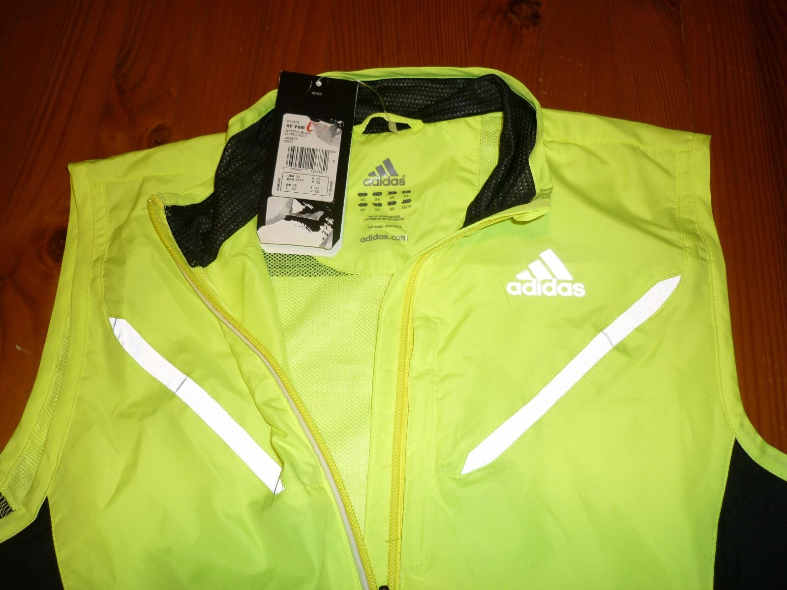 ADIDAS FLUORESCENT RUNNING VEST  SIZE XS BNWT  take up to 70% off