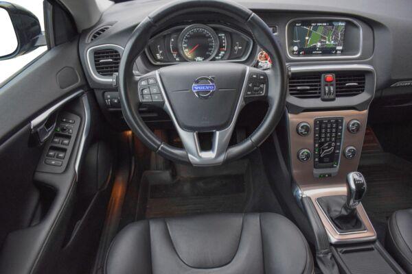 Volvo V40 CC 2,0 D4 190 Momentum - billede 5