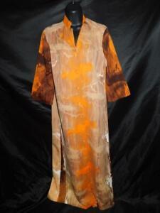 Vintage-70s-Hilo-Hattie-S-M-Orange-Brown-Hawaiian-Dress-Button-Front-Slit-3-4-Sv