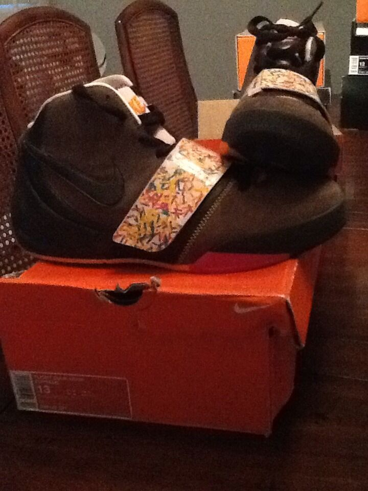 NIKE FLIGHT DUNK HOOPS DUNKIN GO NUTS RARE PE SZ 13