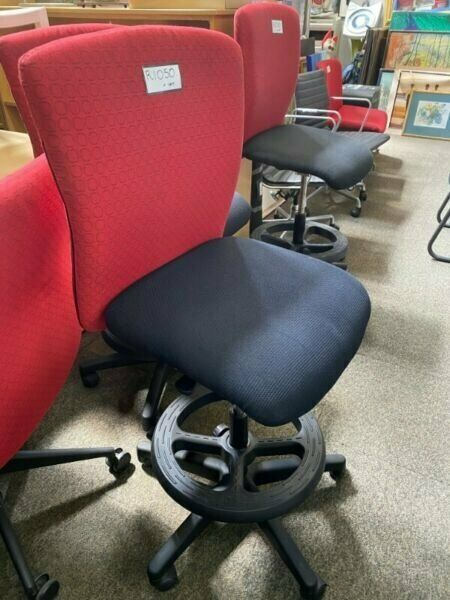 MASSIVE 30% REOPENING SALE ON DRAUGHTMANS CHAIRS USED REFURBISHED OFFICE FURNITURE