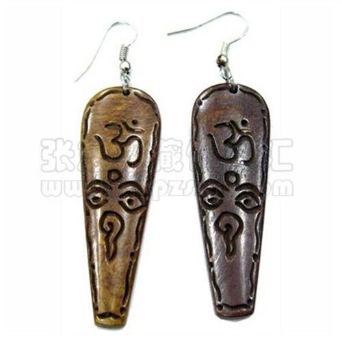 Pair Tibetan Delicate Carved Buddha Eye Sanskrit OM Yak Bone Amulet Earrings