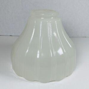 Vintage-Milk-Glass-Flared-Ribbed-Scalloped-Edge-Globe-Lamp-Light-Shade