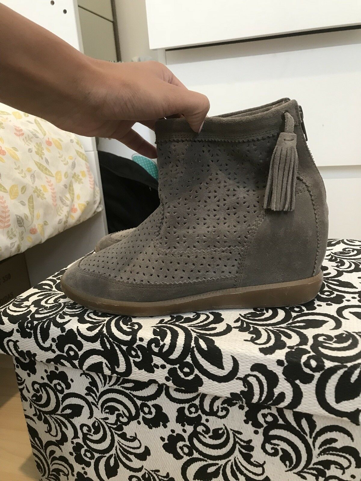 ISABEL MARANT MARANT MARANT perforated Khaki suede Ankle Stiefel Größe 39 c6d414