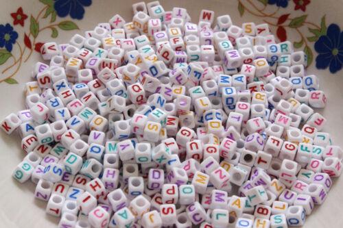 100-200pcs mixte Alphabet//Lettre Acrylique Cube Beads 6x6mm