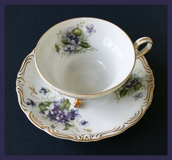 vintage Yada China footed tea cup and saucer - violet floral pattern