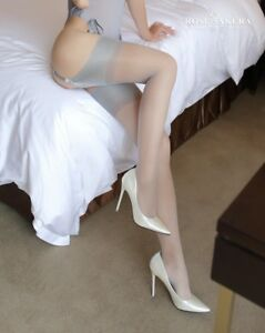 Women-No-elastic-foam-mouth-smooth-and-wide-edge-Sling-stockings-0905