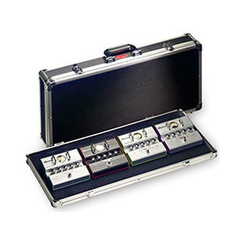 Stagg UPC688 Schwarz ABS-Case für Gitarren-Effekt-Pedale mit Aluminiumeinfassung