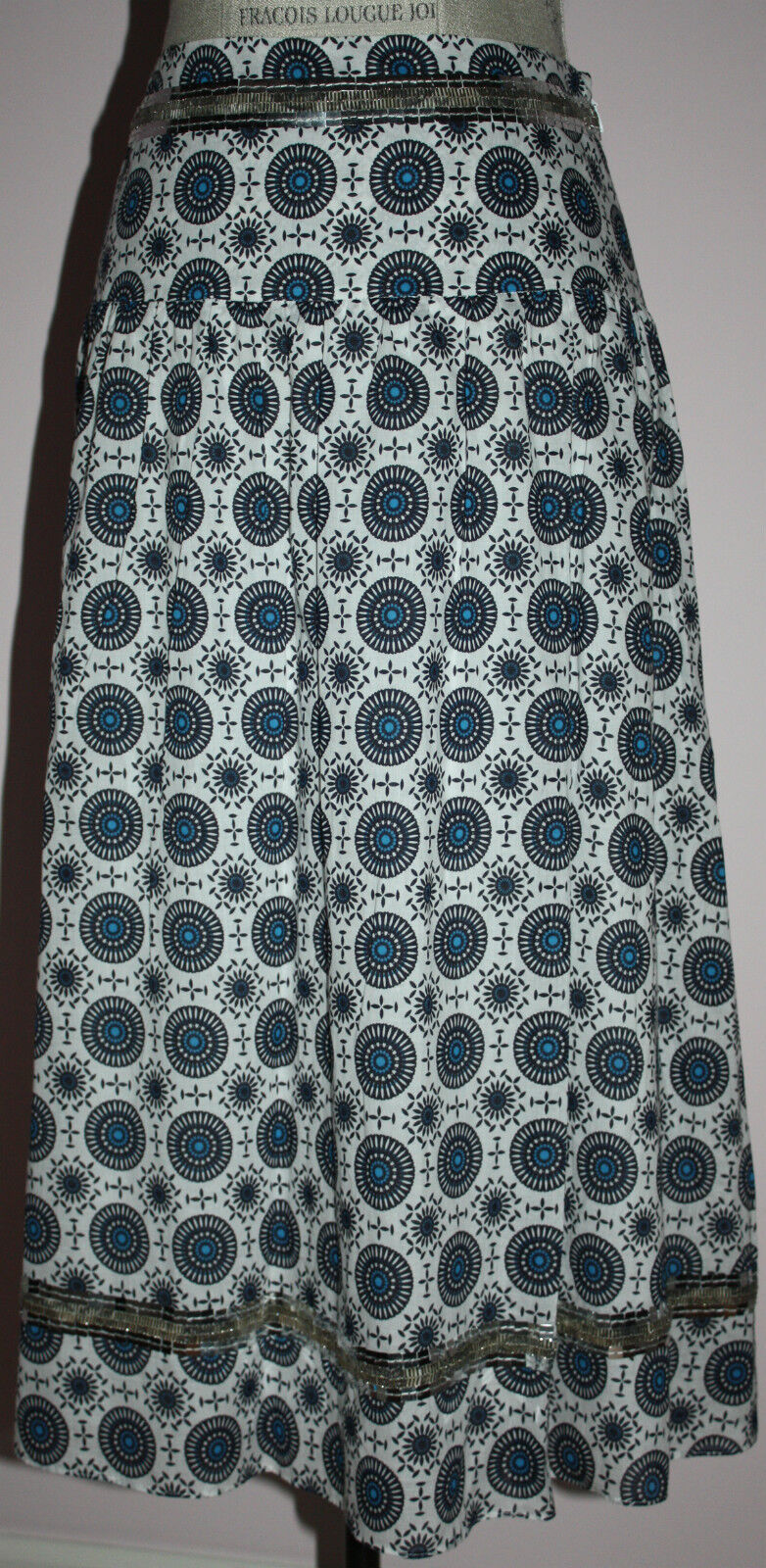 EUC Womens Tory Burch Embroidered Skirt Size 4