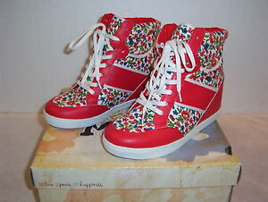 """Womens """"MUDD"""" built in wedge high top floral athletic shoes size 7.5 med NIB"""