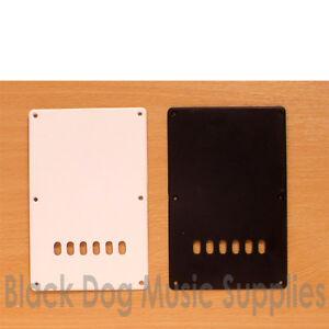 Guitar Tremolo Spring Cavity Cover/plaque Arrière. Noir Ou Blanc Inc Vis-afficher Le Titre D'origine Spfgvsbd-07172129-886936150