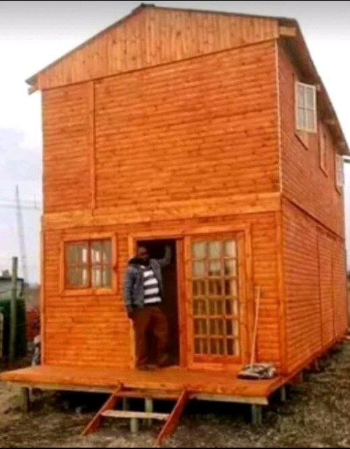 WENDY HOUSES MOVERS AND SELLS.