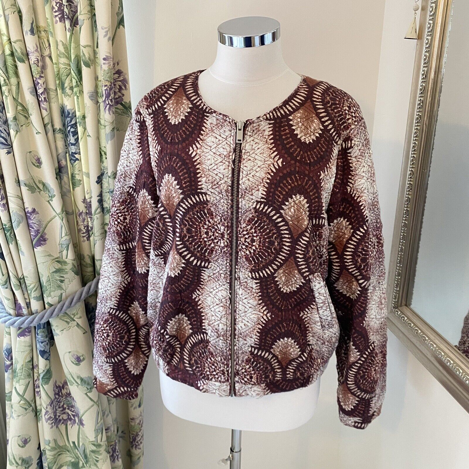 Mint Velvet Size 16 quilted padded viscose bomber jacket zip front red boho VGC