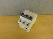 Merlin Gerin Multi9 C60 B 32A 24151 Circuit Breaker 32A 3p 240/480V (13655)