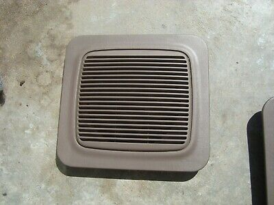 Toyota 64383-35010-B1 Speaker Grille