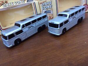 Lledo-DG23000-GREYHOUND-SCENICRUISER-Bus-1954-Liscio-amp-a-Coste-versioni-del-tetto