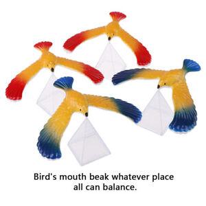 equilibrage-aigle-et-pyramide-Stand-magique-oiseau-bureau-amusant-Gadgets-jouet