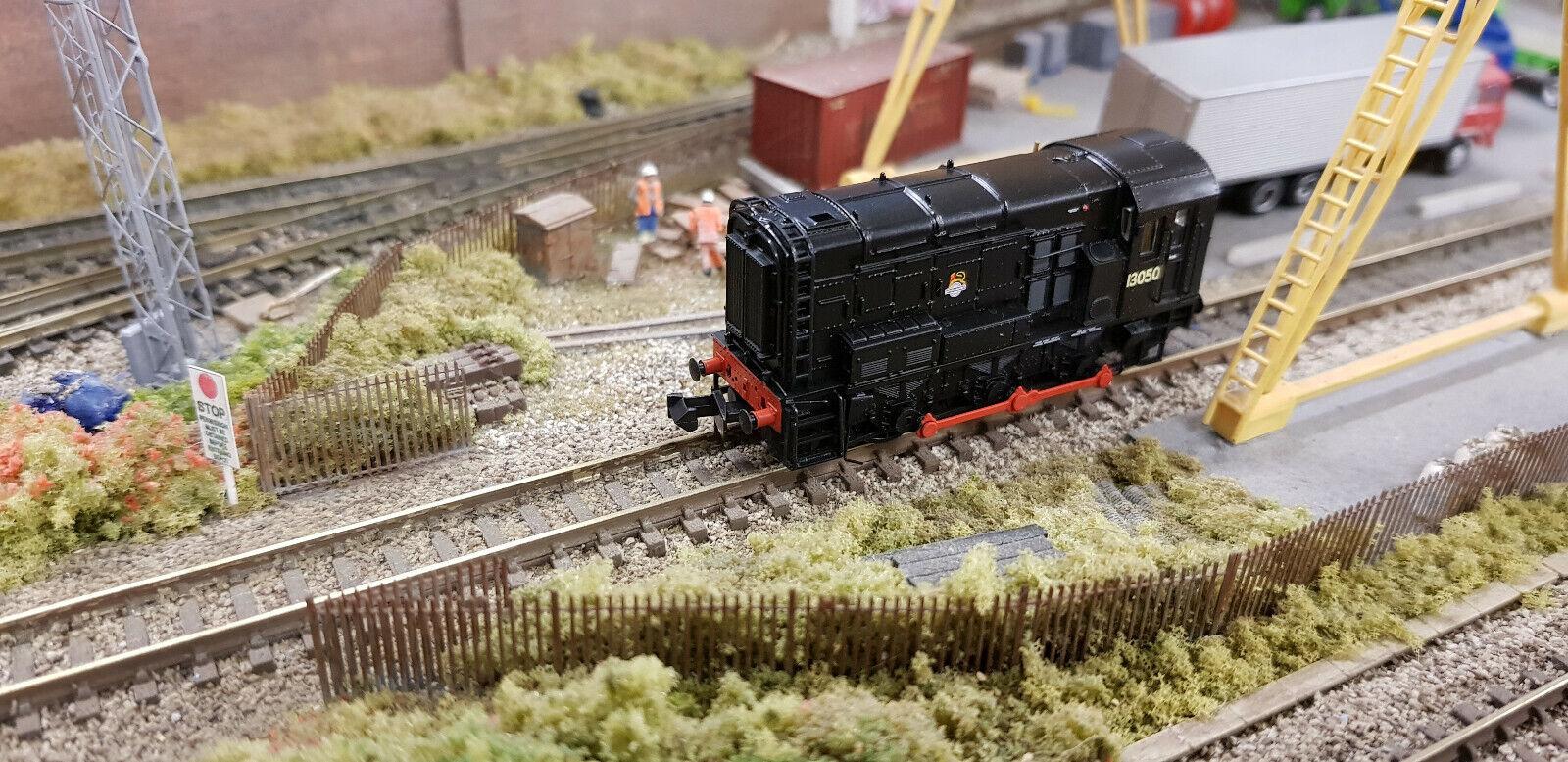 Graham Farish 371-020A Class 08 13050 BR nero Early Emblem N Gauge