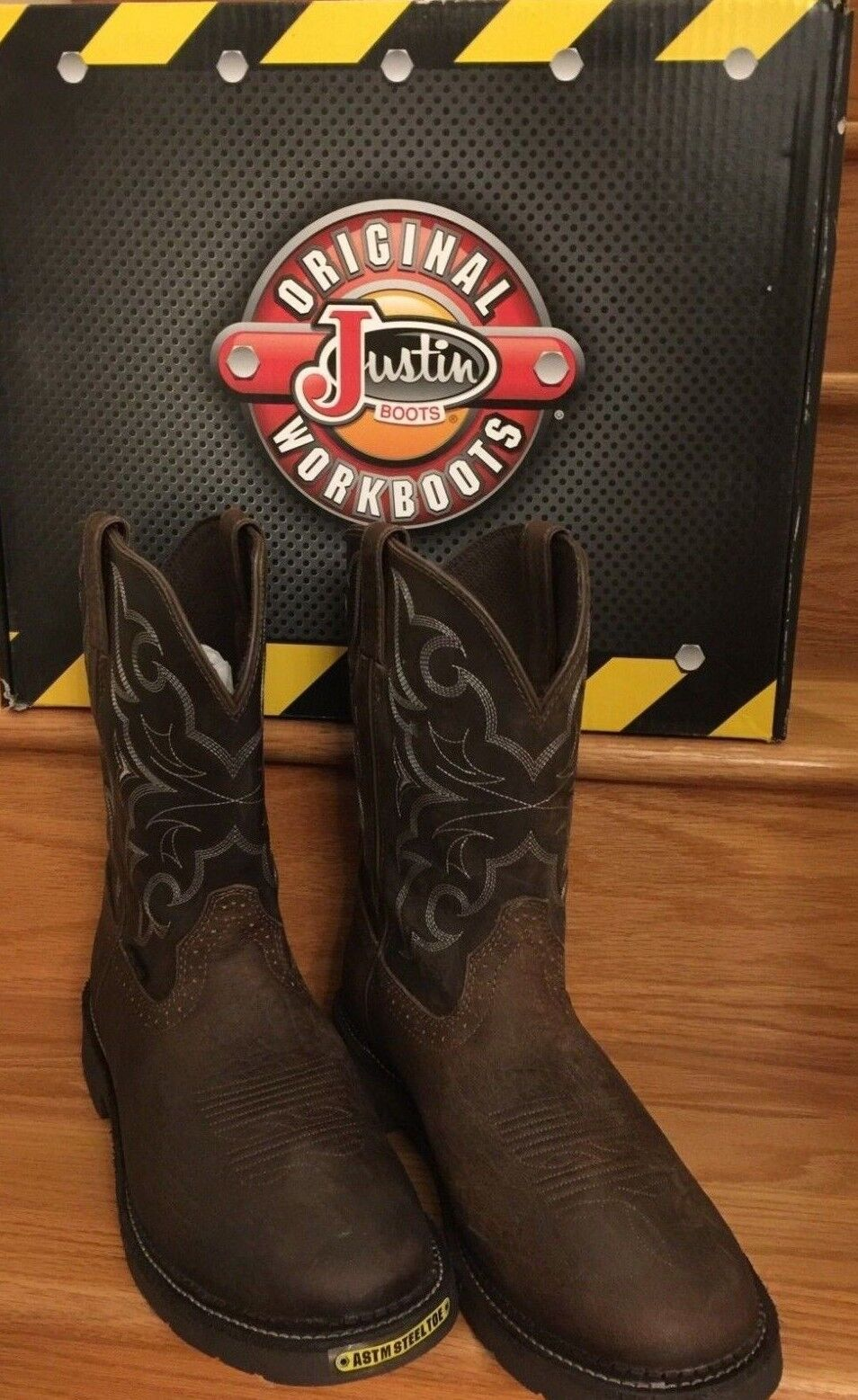 NWT Men's Justin Boots yellow Chocolate Brown Stampede Pull Steel Toe WK4311