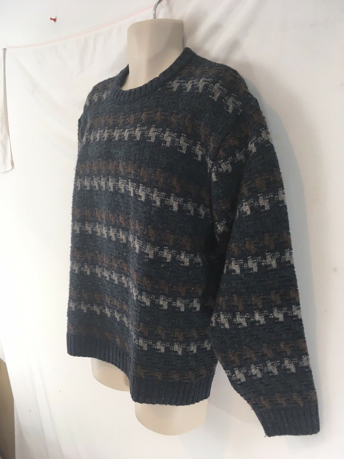 Orvis Mens L bluee Nordic Ski Fisherman Chunky Wool Crew Sweater