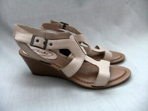 Our I pelle donna New stile Clarks da in sandali con zeppa vw7n6pwTRq