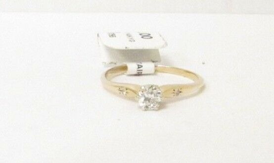 (RI1) Ladies 14K Yellow gold Diamond Ring - sz. 7 - 1.4 g - .26 TCW