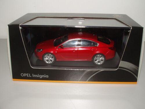 1:43 granatapfelrot metalizado Opel Insignia 5-türig